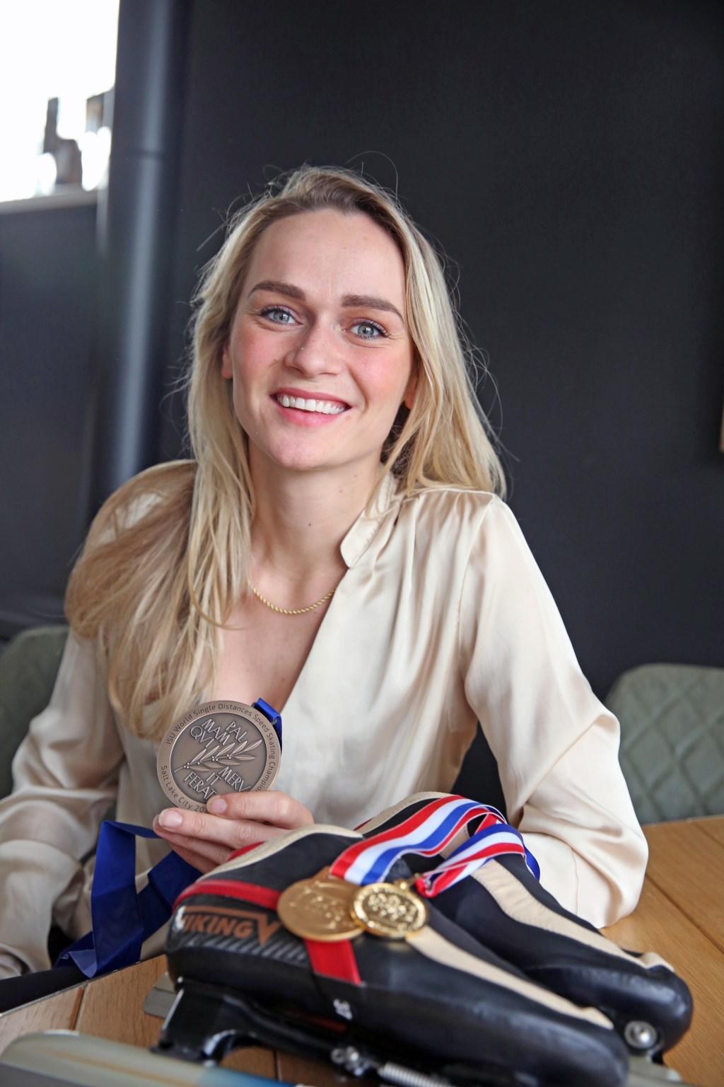 Irene heeft al een kast vol met medailles. (Foto: Theo Annes      06 53328812) © rodi