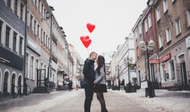 <p>Vandaag is het Valentijnsdag. Geniet ervan met elkaar.</p>
