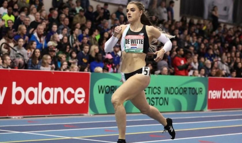 Lisanne de Witte in actie op de 400 meter.