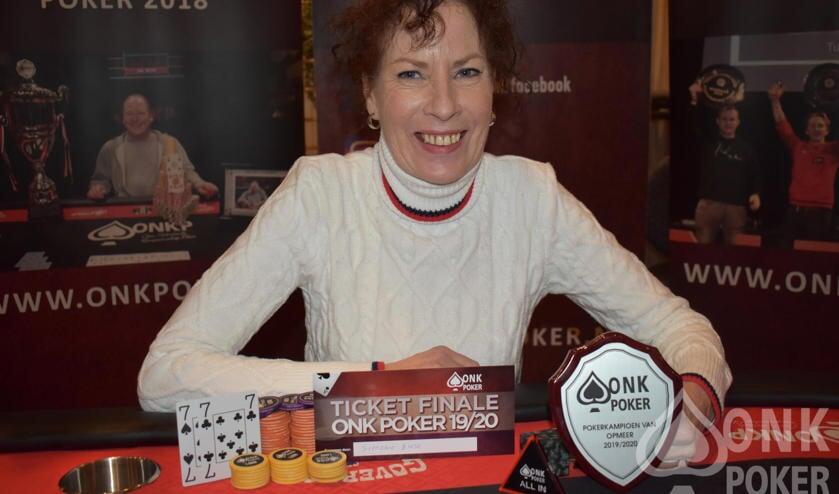 Pokerkampioen Simone Buse.