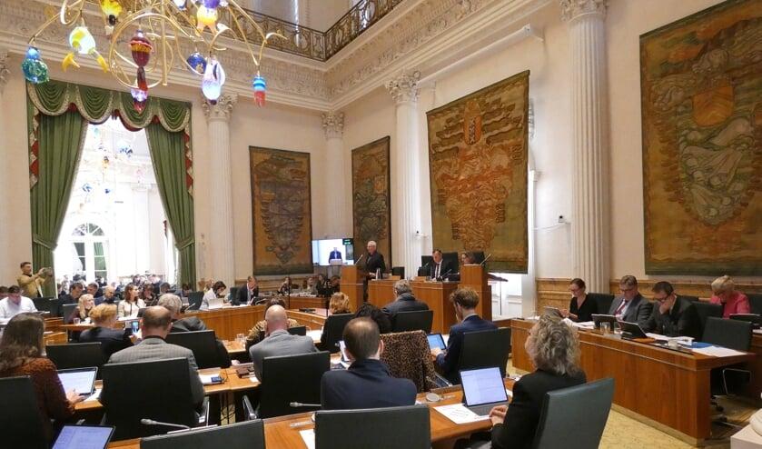Schoorlaar Jan Engelbregt houdt namens het Burgerinitiatief zijn betoog in de Statenzaal.