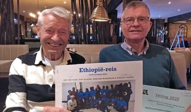 Jan de Vries en Jan Harder zetten zich in voor jongeren in Ethiopië en vragen andere ondernemers dat ook te doen.