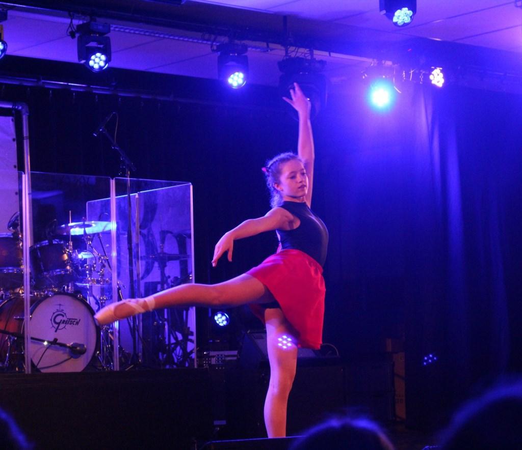Talent, plezier en lef spatten van het podium! (Foto: Aangeleverd) © rodi