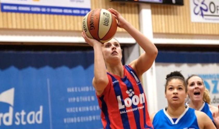 Katie Bussey, wederom uitgeroepen tot lady of the game, goed voor 27 punten.