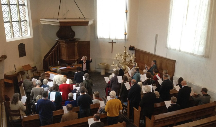 Zingen met Bach in de Schoorlse dorpskerk.