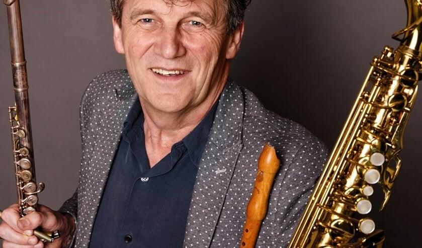 De Limburger Gé Reinders is bekend van het liedje 'Bloasmuziek'.
