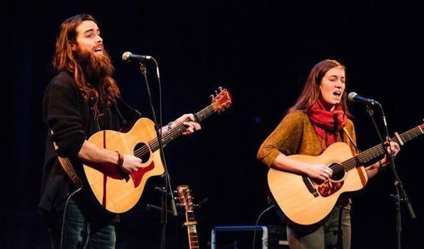 De komende tijd staan er weer diverse optredens op het programma in de Harmonie.