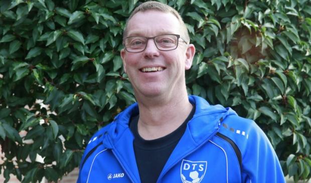 Johan Beemsterboer 'Mister DTS' en trainer van het vrouwenteam van LSVV.