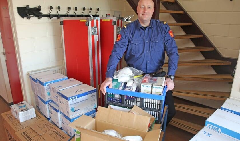 Lever de hulpmiddelen vandaag nog in bij de brandweerpost in Westwoud.