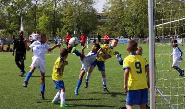 Purmersteijn heeft een samenwerkingsverband met de jeugdopleiding van Ajax.