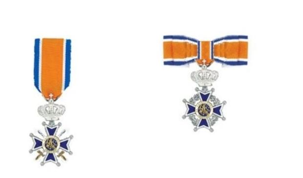 Koninklijke onderscheiding in Waterland dit jaar per telefoon.