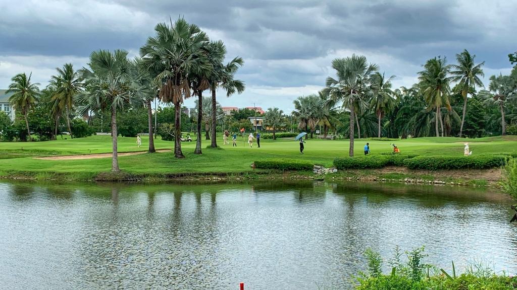 Royal Gems Golf Club, met veel water, veel bomen en vooral technisch lastige holes. (Foto: ) © rodi