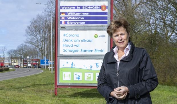 Burgemeester Marjan van Kampen complimenteert de inwoners van de gemeente Schagen.
