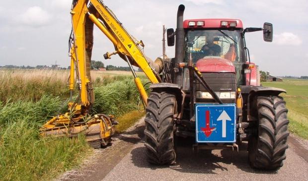 Deze week start het hoogheemraadschap met het maaien van wegbermen.