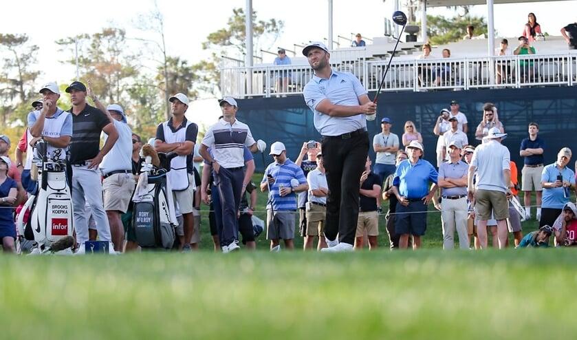 Jon Rahm slaat af op de PGA Tour. ,,Als er niet kan worden gespeeld in een veilige en gezonde omgeving voor elke betrokkene, dan spelen we niet.''