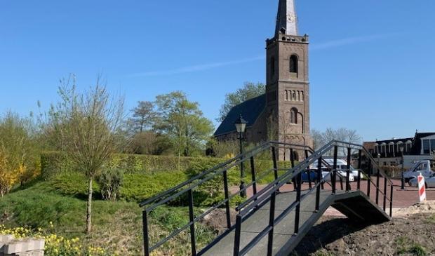 De brug naar 't Kerkhuys is gerealiseerd.