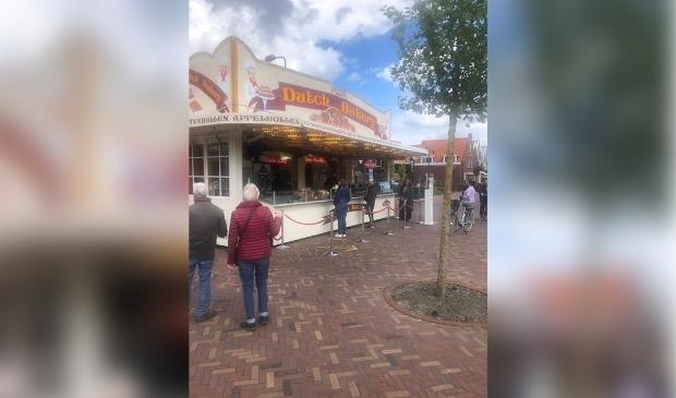 Dutch Bakery van half mei tot half augustus op de Dijk in Volendam.  (Foto: aangeleverd) © rodi