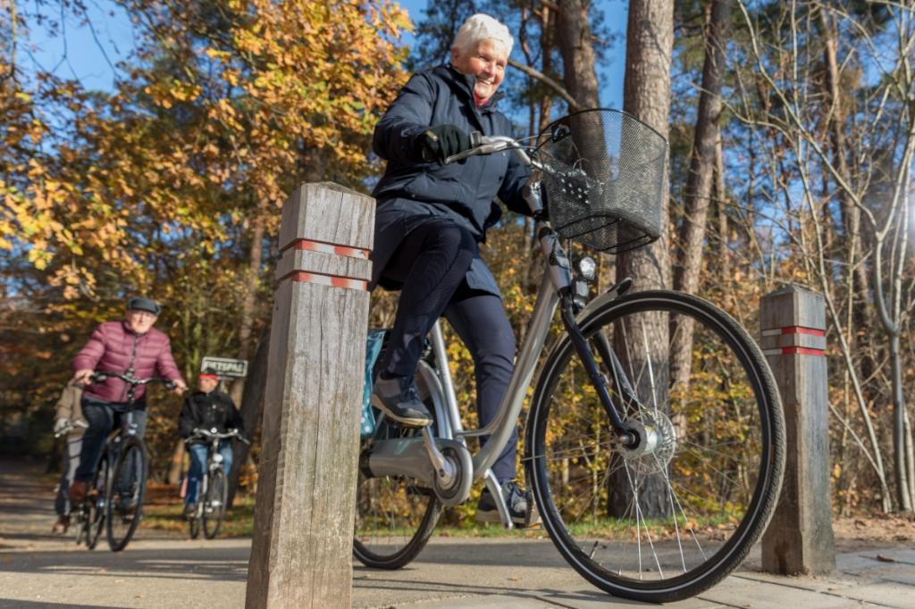 Als je weet hoe je veilig fietst, kun je het tot in lengte van dagen blijven doen. (Foto: doortrappen.nl) (Foto: ROB GIELING) © rodi