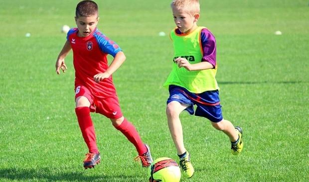 <p>Stichting Leergeld zorgt ervoor dat ook kinderen die opgroeien in armoede, lid kunnen worden van een sportvereniging.</p>