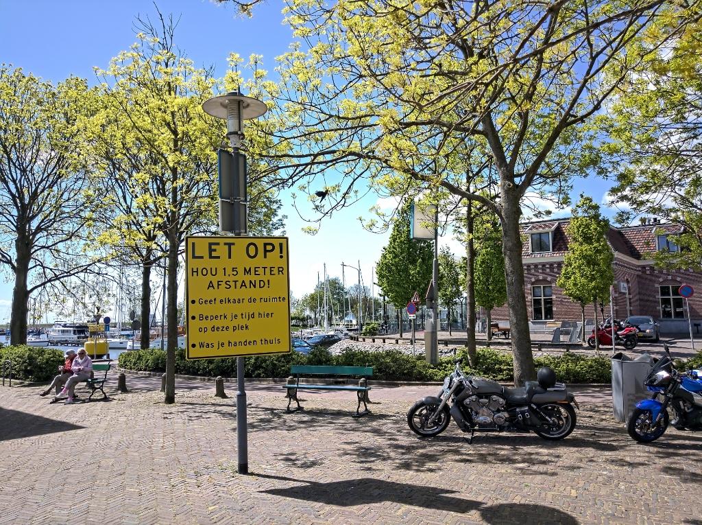 <p>Inmiddels vertrouwd beeld in de straten van Enkhuizen.</p> <p>Foto: Rodi Media/IH</p> © rodi