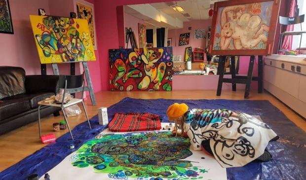 Helen Roeten in haar atelier in Alkmaar