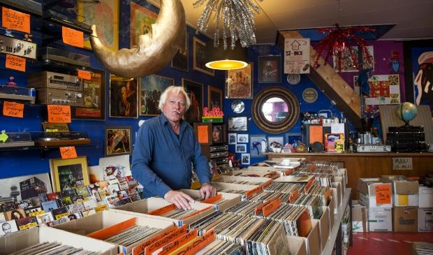 De winkel ademt de sfeer van de jaren '70 en' 80.