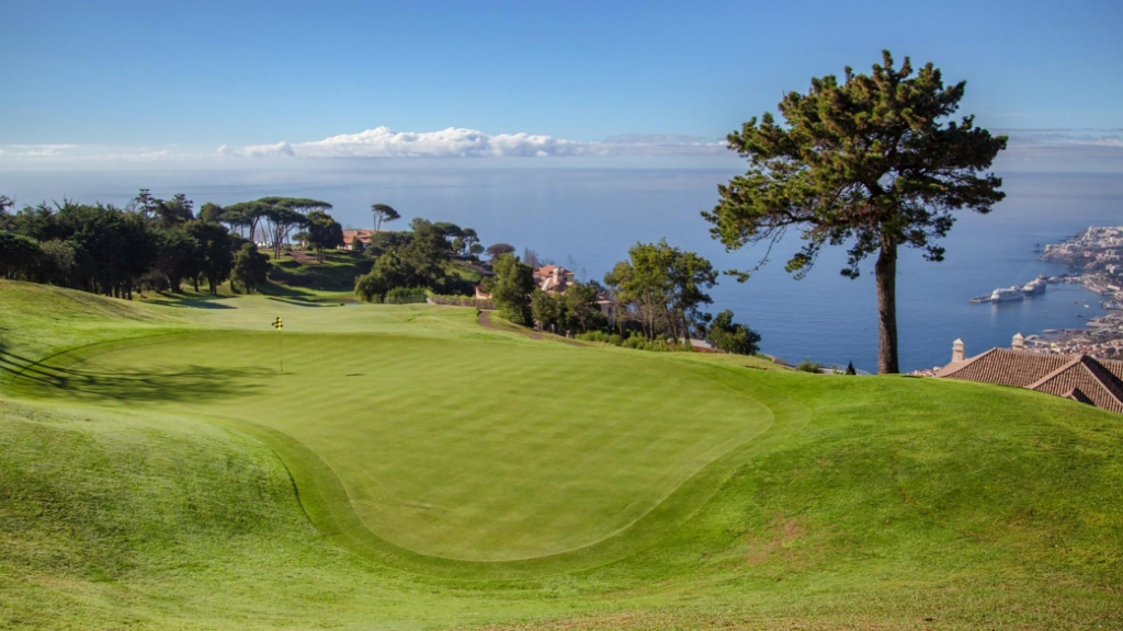 Palheiro Golf, met adembenemende uitzichten over de hoofdstad Funchal. (Foto: ) © rodi