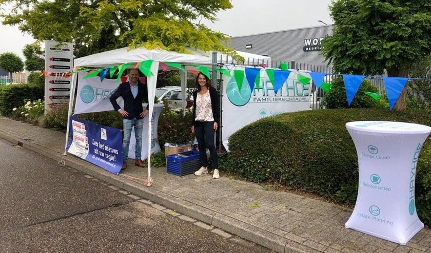 Jeroen Lourens van Rodi en Rachel Hayhoe bij de start van de geslaagde alternatieve PRO-borrel.
