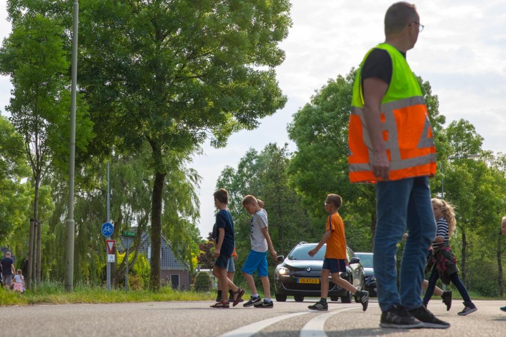 Deelnemers kunnen tijdens de zomervakantie binnen twee weken vier routes te lopen, (Foto: Archieffoto Vincent de Vries) © rodi