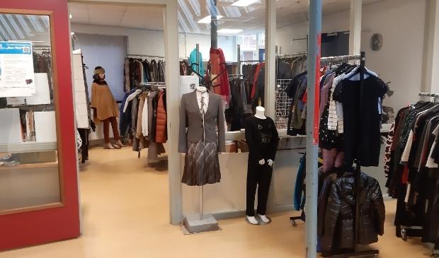 Klanten zijn weer welkom in de winkel in wijkcentrum De Zaagtand.