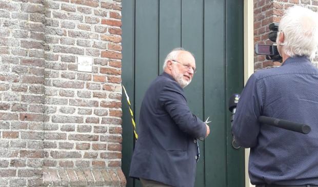<p>Opening van de expositie met locodijkgraaf Rob Veenman.</p>