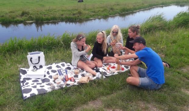 Het Brabantse gezin was vorig weekend al van de Beemster Picknick aan het genieten bij 't Zuivelhuisje in Katwoude.