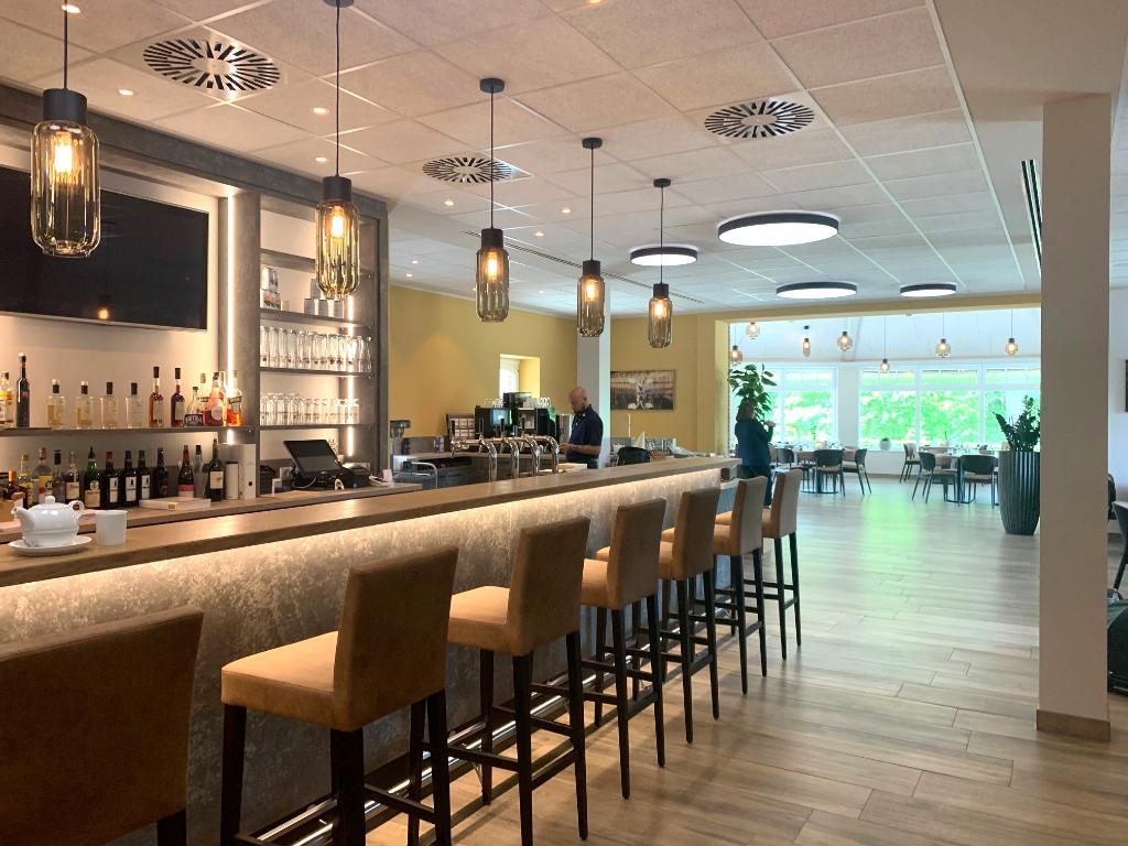 De nieuwe, gezellige bar. (Foto: ) © rodi