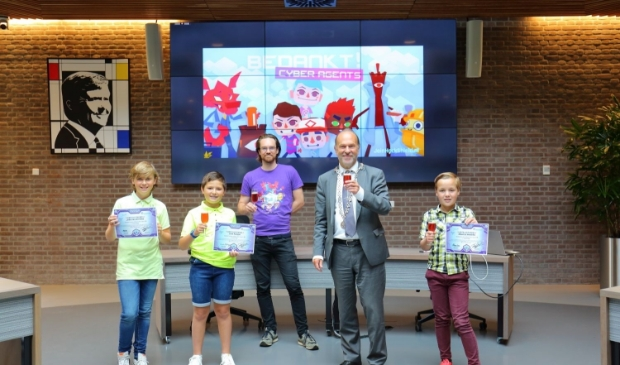 Liam, Maarten en Jelte zijn de nieuwe Junior Cyber Agents van Heerhugowaard.