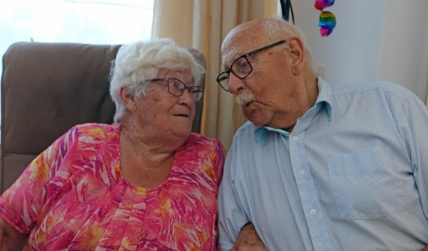 <p>Corrie en Leo krom 65 jaar getrouwd. (Foto: Theo Annes 06 53328812) </p>