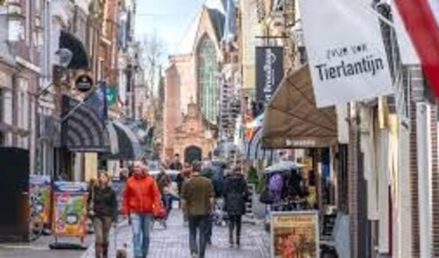 <p>Enkhuizen Westerstraat, winkelhart van haringstad.</p>