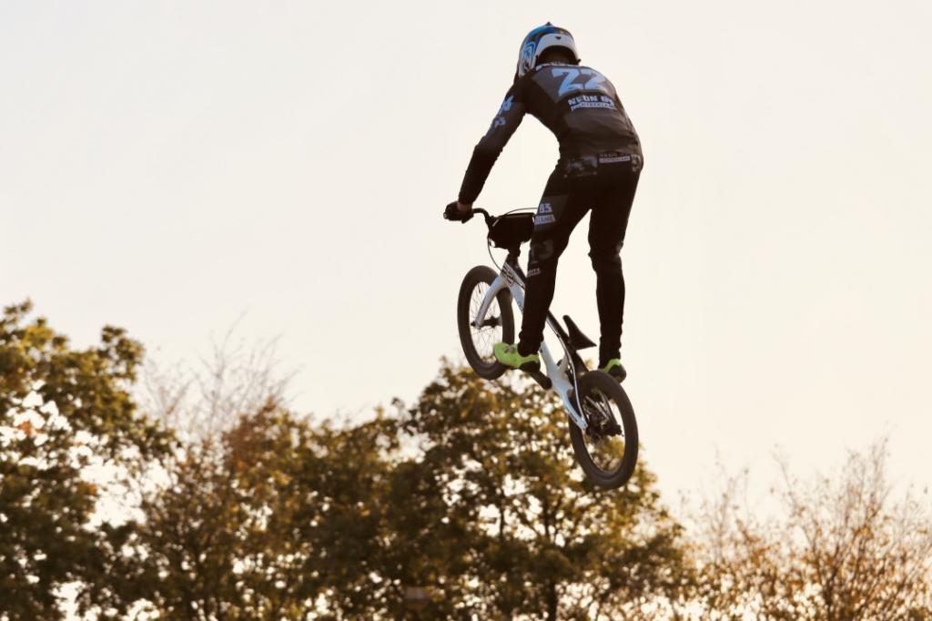 <p>Sep Korff in actie.</p> (Foto: aangeleverd) © rodi