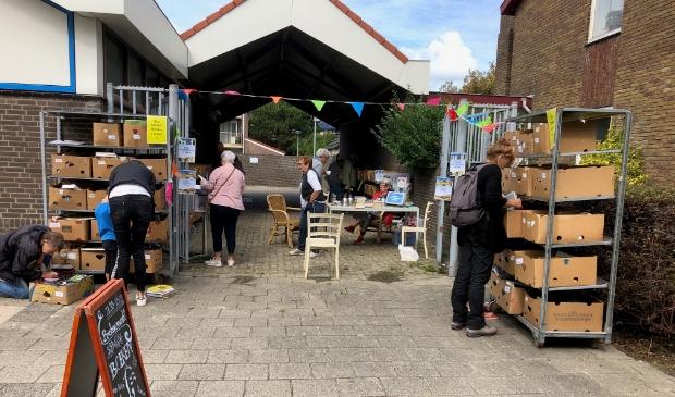 Boekenmarkt weer terug bij Postaanzee.