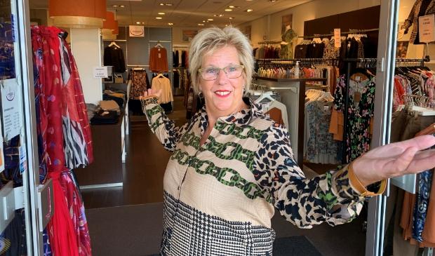 <p>eigenaresse Alie van JansZoon damesmode.</p>