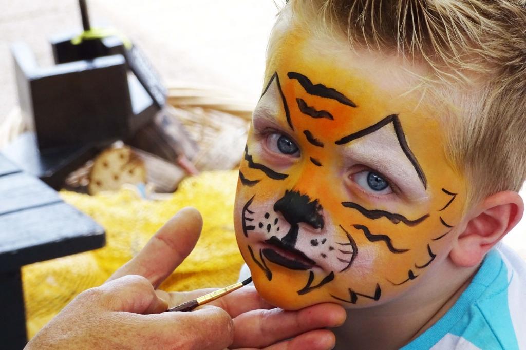 <p>Laat je schminken als je lievelingsdier.</p> ((Foto: Aangeleverd)) © rodi