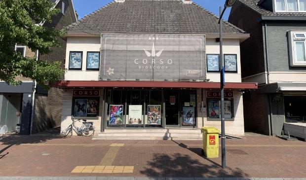 <p>Corso bioscoop aan dorpsstraat 70.</p>