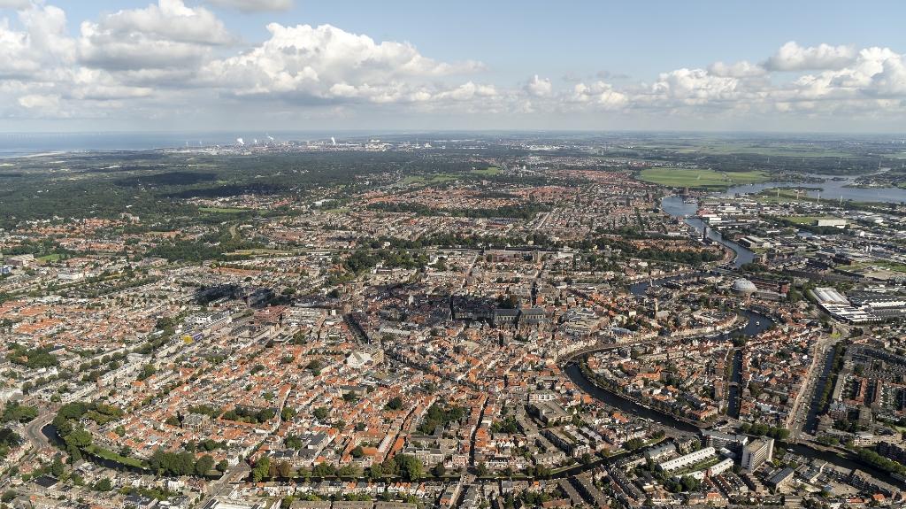<p>Steden breiden steeds verder uit.</p> <p>Foto: Aerovista Luchtfotografie</p> © rodi