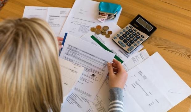 """<p pstyle=""""KOP"""">Halte Werk helpt inwoners met geldzorgen.</p>"""