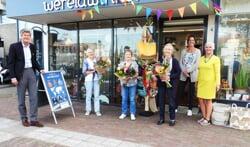 Trouwe vrijwilligers Wereldwinkel Castricum in zonnetje gezet
