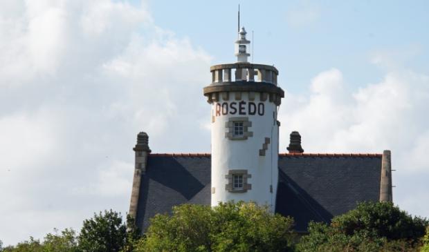<p>Deze toren is 13 meter hoog en heeft een lichthoogte van 29 meter</p>