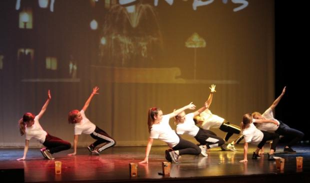 <p>Iedereen kan gratis en zonder enige vervolgverplichting komen dansen en turnen bij TTL!</p>