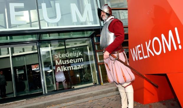 <p>Gratis naar het Stedelijk Museum.</p>