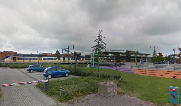 <p><strong>Burgemeester Jan Hamming heeft besloten om de omgeving van treinstation Krommenie-Assendelft aan te wijzen als tijdelijk cameratoezichtsgebied.</strong></p>