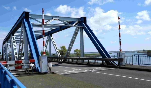 <p>Balgzandbrug binnenkort weer in gebruik</p>