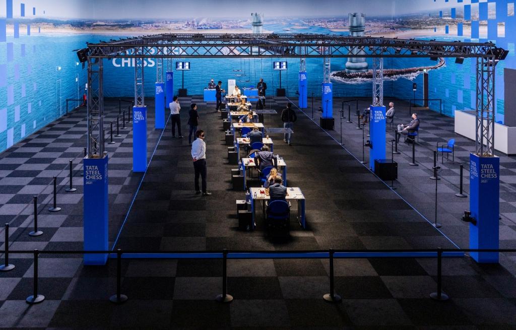 <p>De eerste twee rondes van het Tata Steel Chess Tournament 2021. </p> <p>((Foto: Tata Steel Chess)</p> © rodi